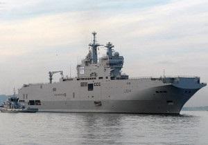 Новости России - Во Франции был спущен на воду первый российский вертолетоносец Мистраль