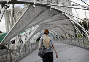Стресс - здоровье женщины - Запах женщины в стрессе отталкивает мужчин - исследователи