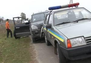 В Ровенской области сотрудники ГАИ устроили погоню со стрельбой, преследуя автоугонщика