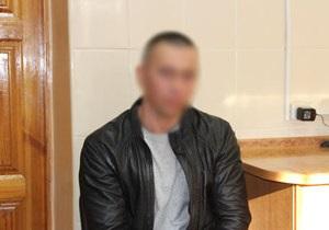 Нетрезвый житель Чернигова пугал посетителей супермаркета гранатой