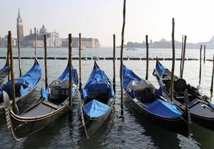У берегов Италии затонуло еще одно судно с мигрантами