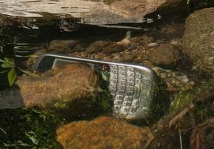 Отцы-основатели тонущего голиафа мобильного рынка задумались о его выкупе - blackberry