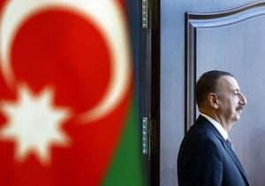 Алиев с более 80% голосов побеждает на выборах президента Азербайджана