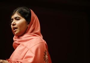 Талибы угрожают убить 16-летнюю пакистанскую правозащитницу Малалу Юсуфзаи
