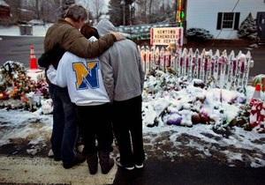 Школу в США, где погибли 26 человек, построят на новом месте
