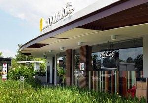 Фастфуд-дворец. Для Сингапура создали эксклюзивный проект McDonald s
