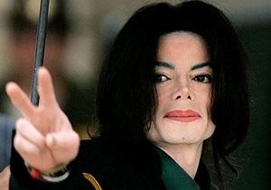 США: суд объявил врача Майкла Джексона невиновным в смерти певца