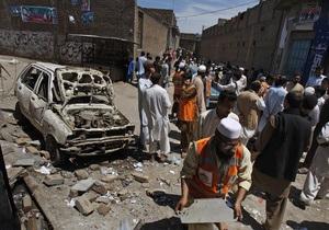 В Пакистане в штабе талибов подорвался смертник, 12 человек погибли
