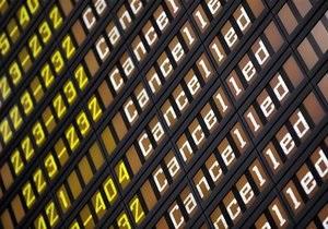 Новости Германии: Аэропорт Дюссельдорфа закрыли из-за  бомбы  с мукой и корицей