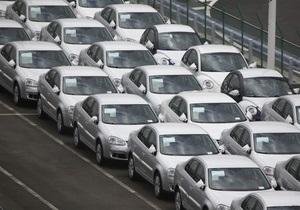 Введение утилизационного сбора обрушило продажи новых легковых авто в сентябре в два раза