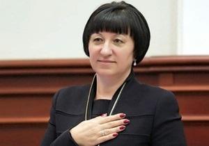 Герега открыла заседание Киевсовета на фоне потасовок между протестующими и милицией