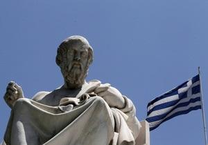 Правящая партия Греции исключила из своих рядов адвоката ультраправого депутата