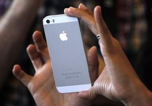 Новости Львова - контрабанда - iPhone - американец - Во Львовском аэропорту у америнканца изъяли 77 контрабандных iPhone