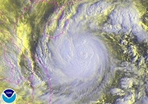 В Китае из-за тайфуна затонули три судна, более 70-ти рыбаков пропали без вести - СМИ