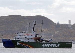 Greenpeace - Газпром: Следователи осматривают задержанный ледокол активистов Greenpeace