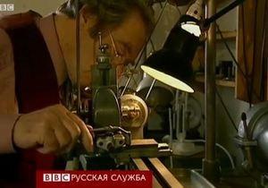 Человек, делающий часы за 160 тыс. долларов - видео