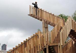 Новости Великобритании: В Лондоне появилась Бесконечная лестница