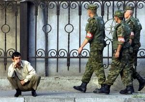 Таджикские исламисты выступили против российской базы