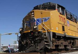В США одновременно столкнулись три грузовых поезда