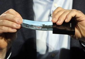 Samsung - гибкий дисплей - гаджет - Samsung назвала дату выпуска смартфона с изогнутым дисплеем
