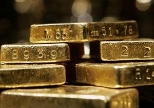 Из французского самолета похитили 44 килограмма золотых слитков