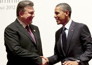 Банковая сообщает, что Янукович побеседовал с Обамой