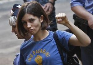 Pussy Riot - Толоконникова шантажировала начальника колонии - ФСИН