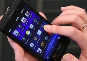 Кризис в Blackberry: компания увольняет 40% своих работников