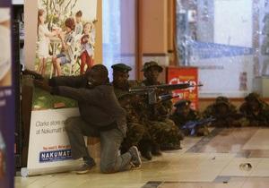 В столице Кении при налете на торговый центр расстреляли десятки человек. Сообщается о заложниках