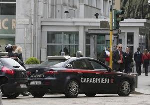 Из итальянской тюрьмы неизвестные вынесли сейф
