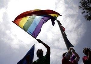 В России сняли с эфира программу о геях  по идеологическим причинам  - источники