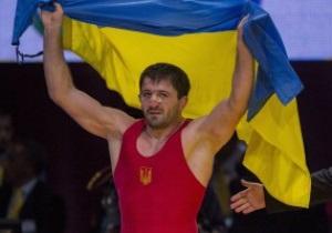 Украинцы завоевали золото и серебро на чемпионате мира по борьбе