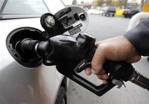 Производство бензина в Украине за восемь месяцев обрушилось почти вдвое