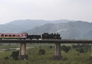 Японцы выпустили супер-люксовый поезд