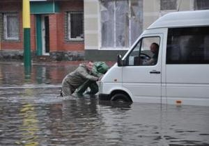 В Кировограде ливни затопили дороги