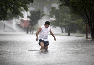 Тропический шторм Ингрид  разогнался  до урагана. Жертвами стихии стали четыре человека
