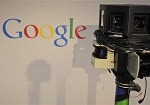 В Индонезии  гугломобиль  трижды за день попал в аварию