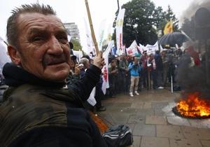 В Варшаве профсоюзы вышли на многотысячную акцию протеста