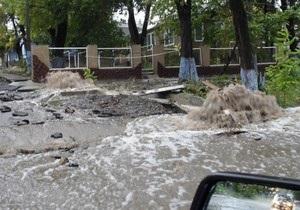 В Арцизском районе Одесской области прорвало дамбу. Спасатели эвакуируют людей
