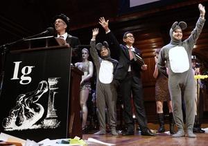 Шнобелевская премия 2013. Воздействие оперы на мышей и запрет публичных аплодисментов от Лукашенко