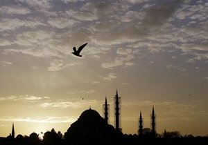 Украинцы смогут вдвое дольше находиться в Турции без визы