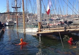 Во Франции затонула знаменитая шхуна-ресторан Le Marseillois