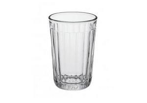 В России сегодня отмечают 70-летие граненого стакана