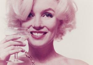 Снимки из последней фотосессии Мэрилин Монро ушли с молотка за $41 тыс