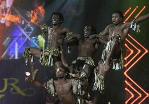 На Майдане состоится концерт, во время которого спортсмены прыгнут в бассейн с высоты 25 метров