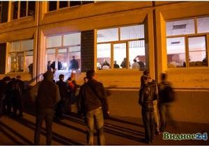 Часть бюллетеней на выборах в Подмосковье утопили в луже