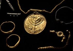 Археологи нашли в Иерусалиме спрятанный евреями от персов золотой клад