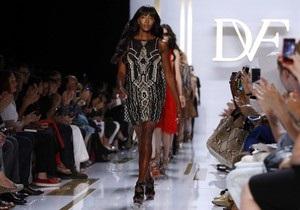 Наоми Кэмпбелл стала звездой показа новой коллекции Дианы фон Фюрстенберг на Неделе моды в Нью Йорке