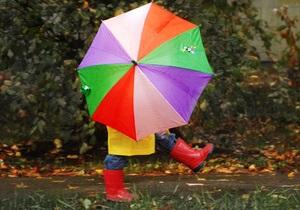 В выходные в Украину вернутся затяжные дожди