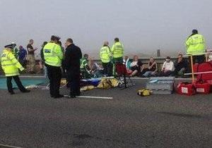 Англия - ДТП - В Англии из-за густого тумана столкнулись более ста автомобилей, постарали около 200 человек